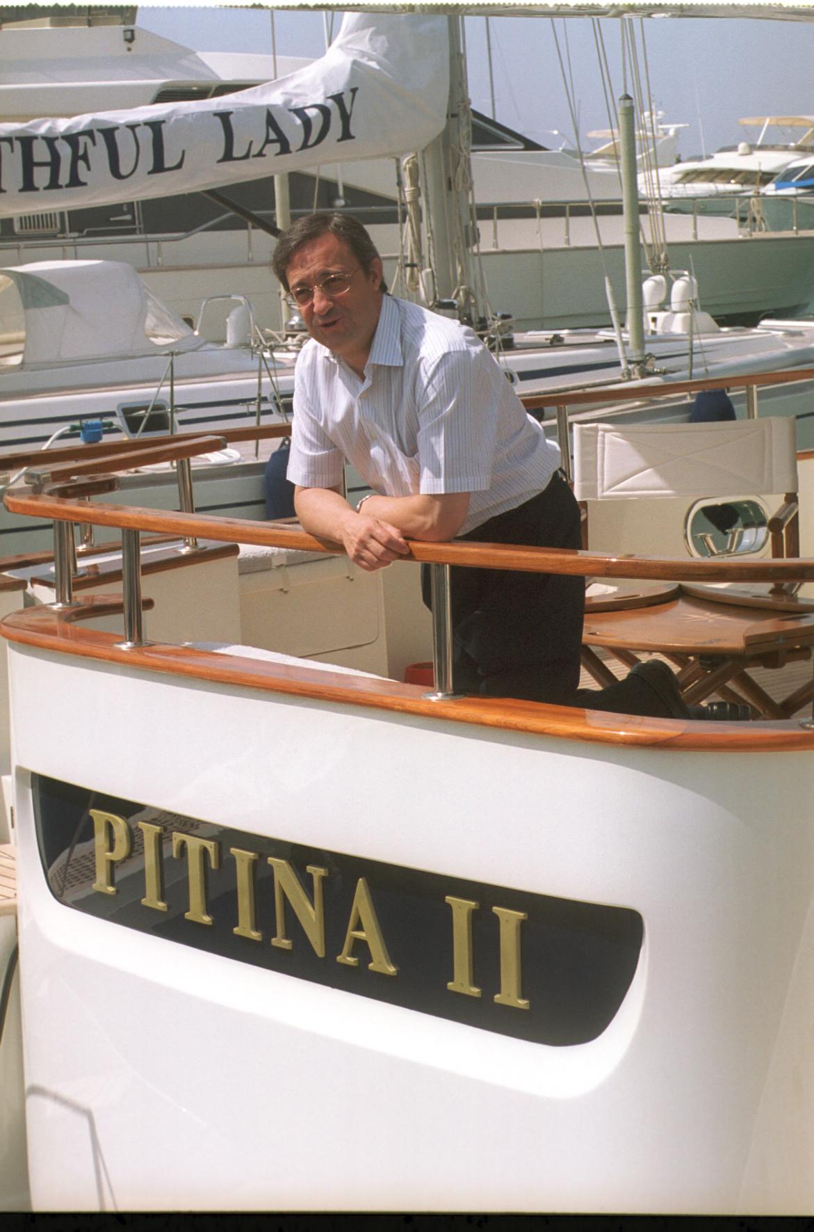 Florentino Pérez a bordo del Pitina