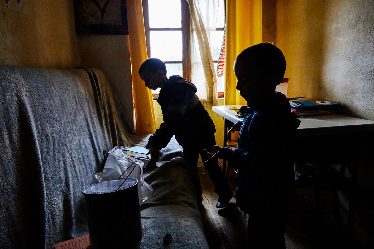 Niños en situación marginal, en Asturias.