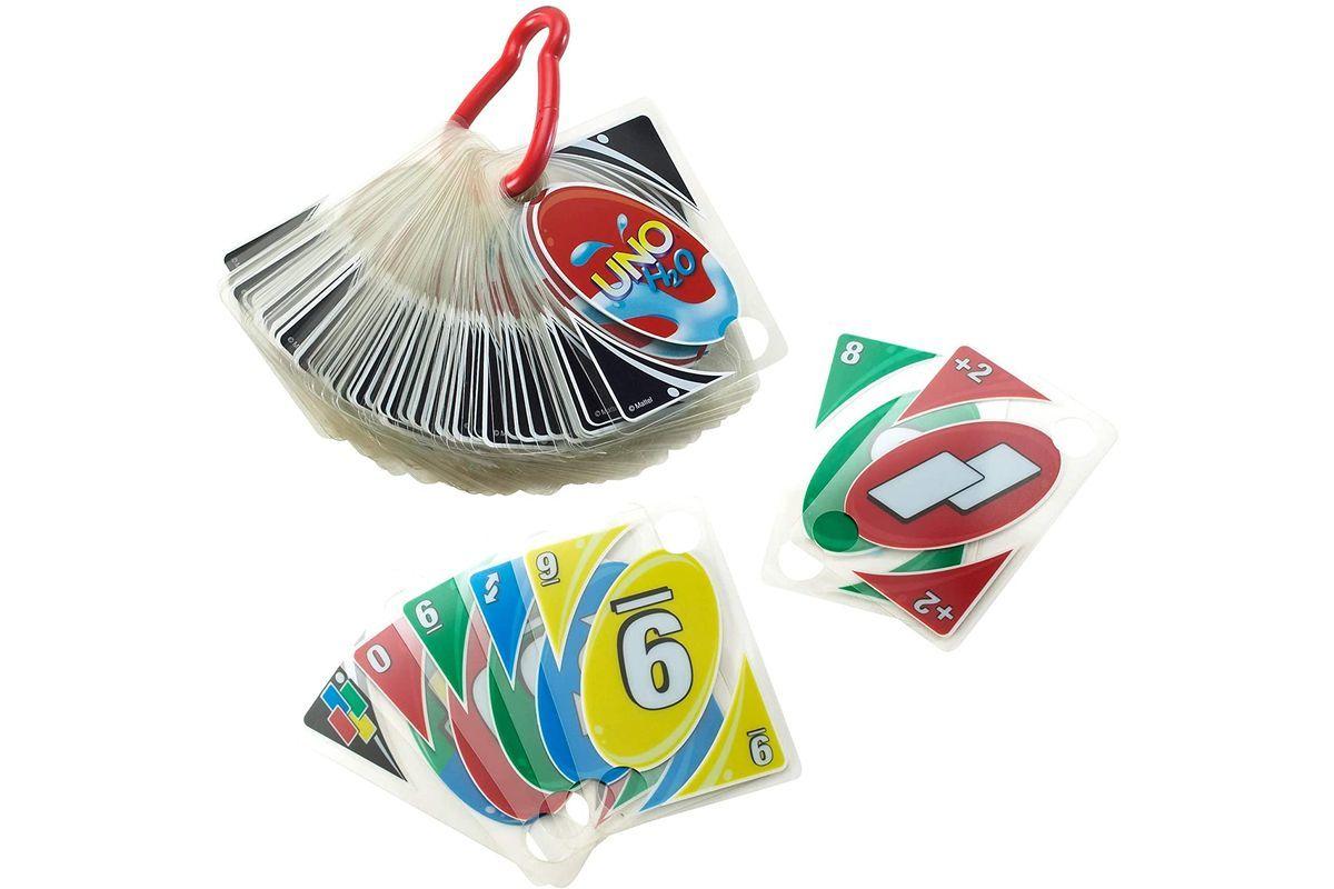 Los chollos del día en Amazon: el juego de cartas para la piscina más vendido, una cafetera de cápsulas Bosch al 63%, una gorra de Nike, una freidora sin aceite...