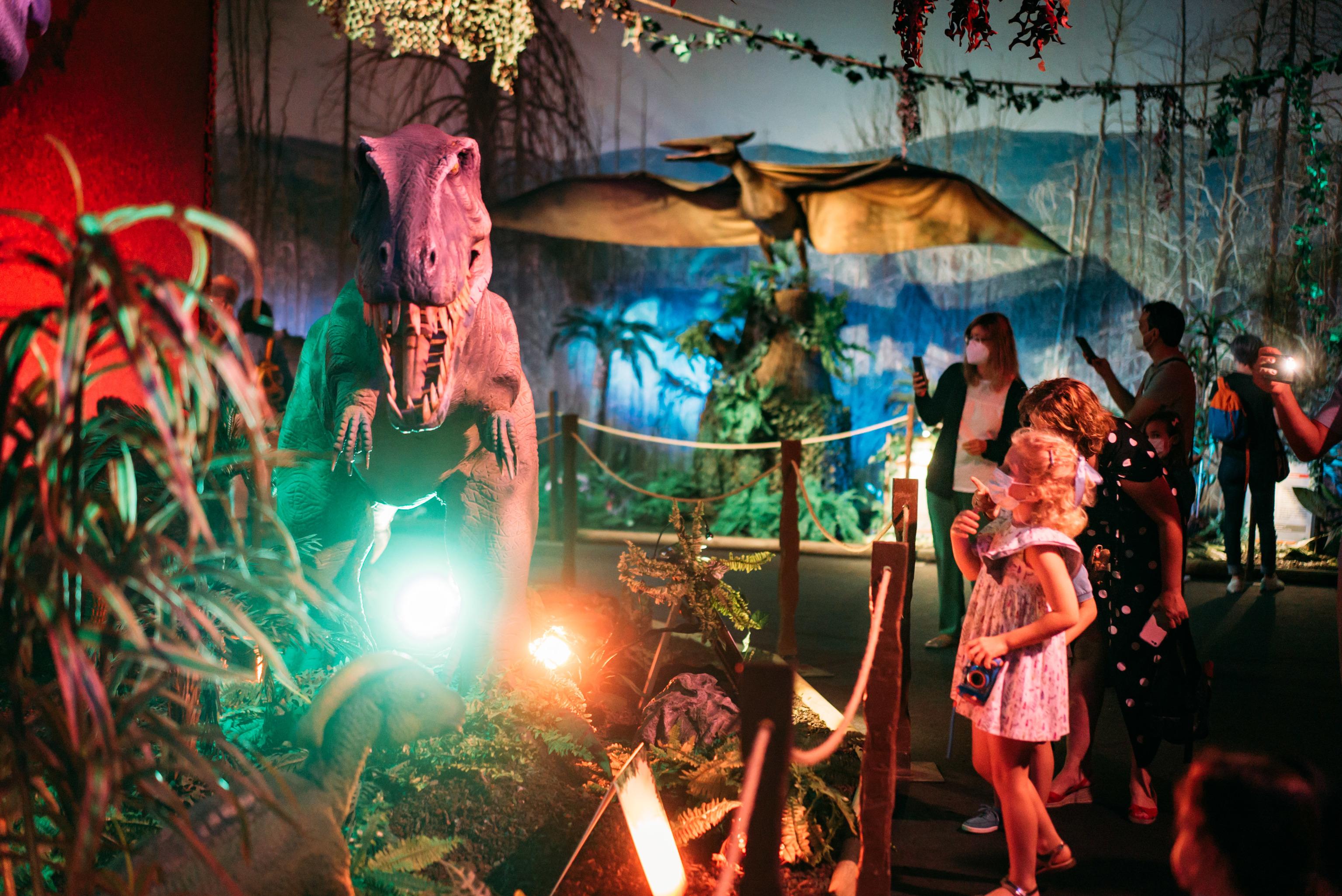 Un espacio de la exposición Dino World.