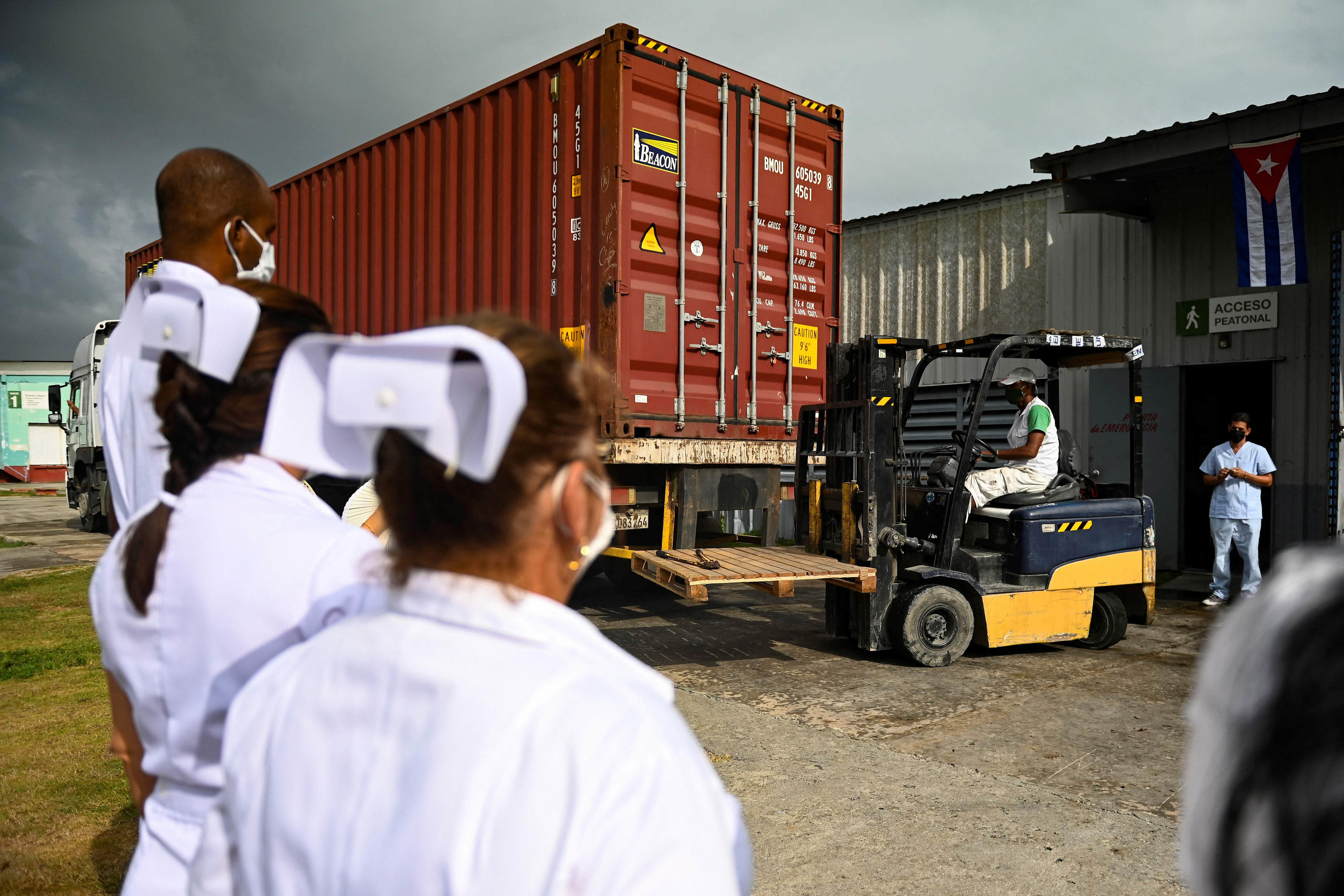 La Habana recibe 1,6 millones de dosis contra el Covid.