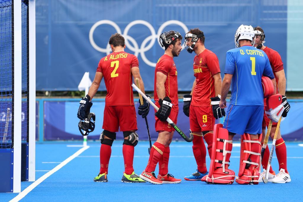 La selección española, preparando un penali-córner.