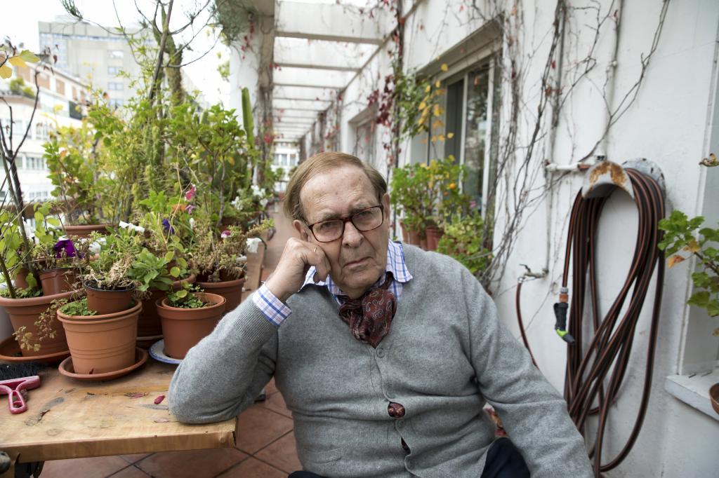 Ramón Tamames, en su casa de Madrid.