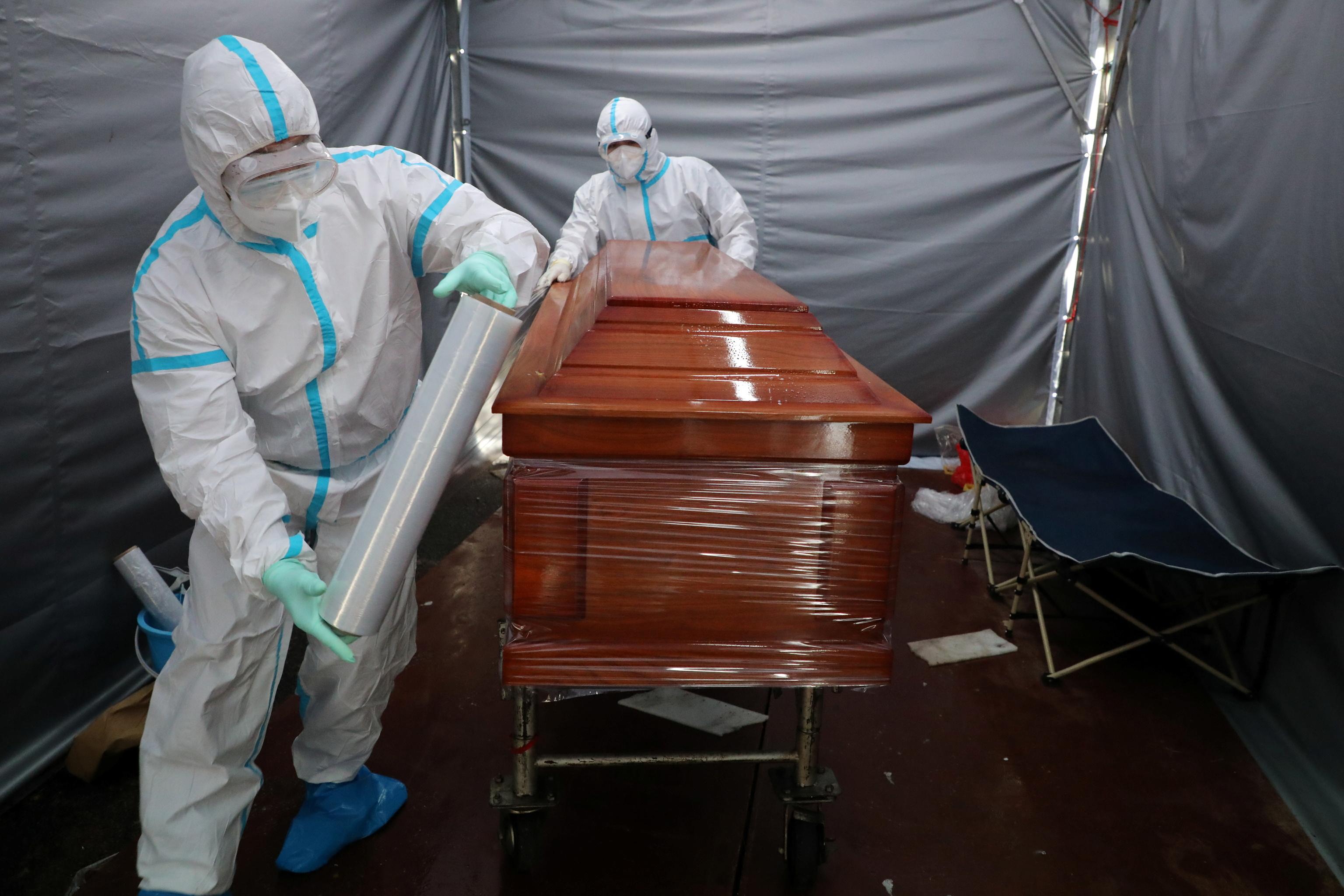 Morgue temporal en Kuala Lumpur, Malasia.