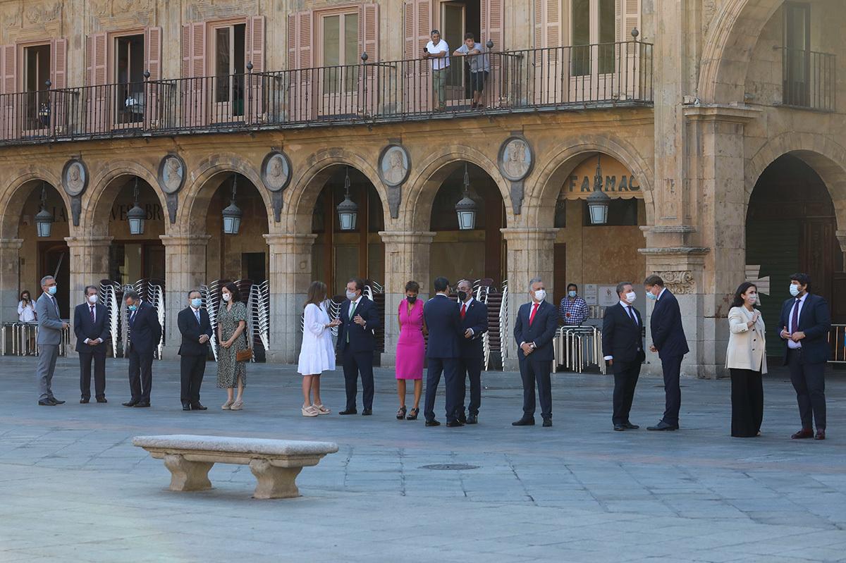 Los 16 presidentes autonómicos que acudieron a la Conferencia de Presidentes de Salamanca.