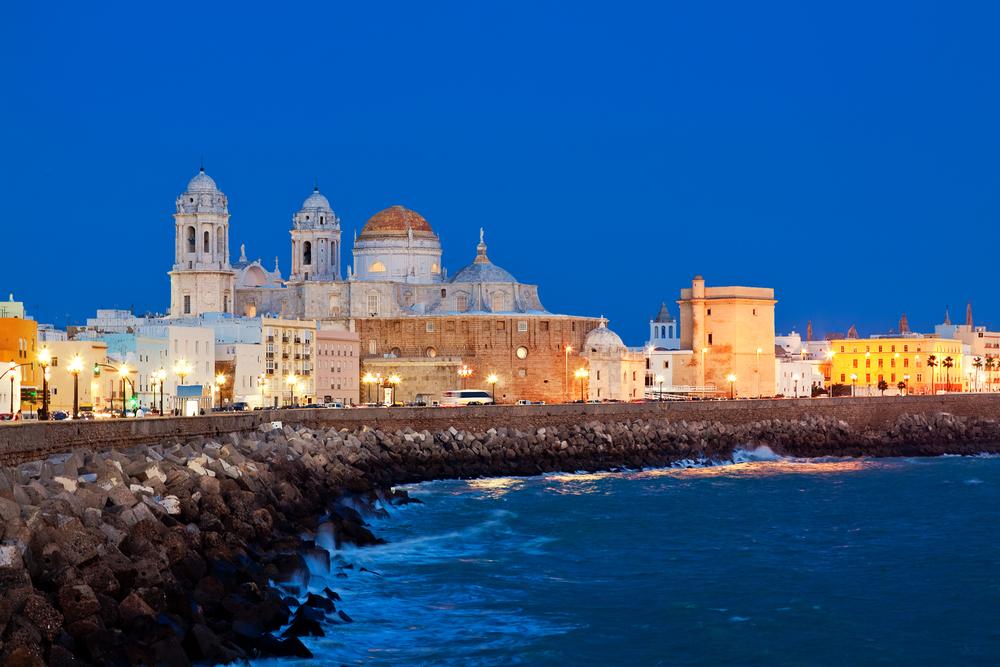 Cádiz de noche.