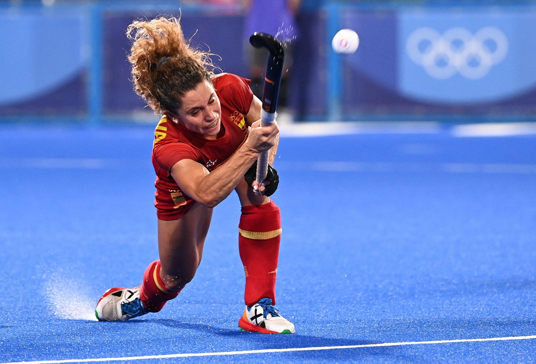 Georgina Oliva falla un 'shoot out' en la tanda de desempate en la que Gran Bretaña, como en Río, volvió a eliminar a las 'Red Sticks' en cuartos de final.