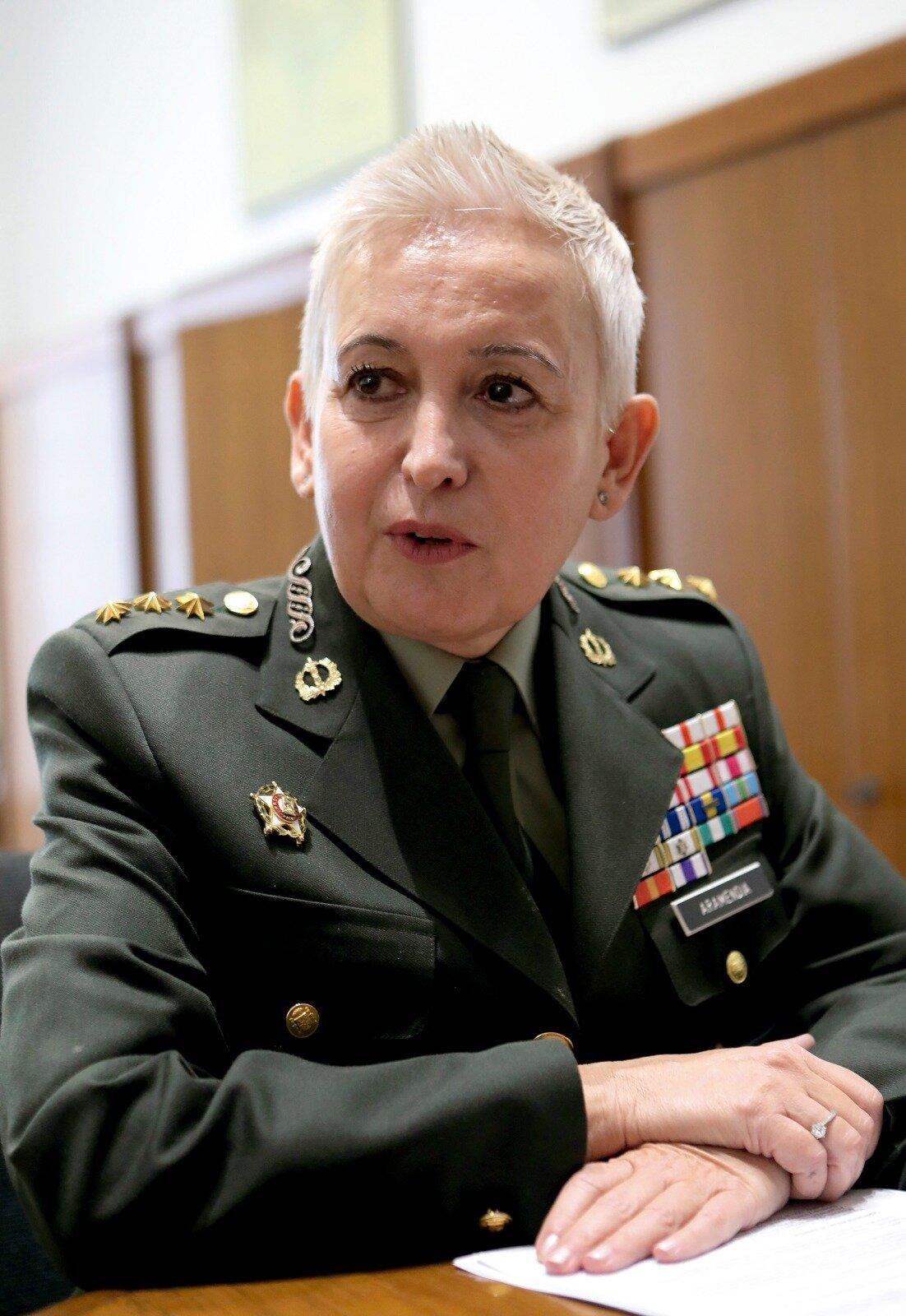 La general Begoña Aramendía.
