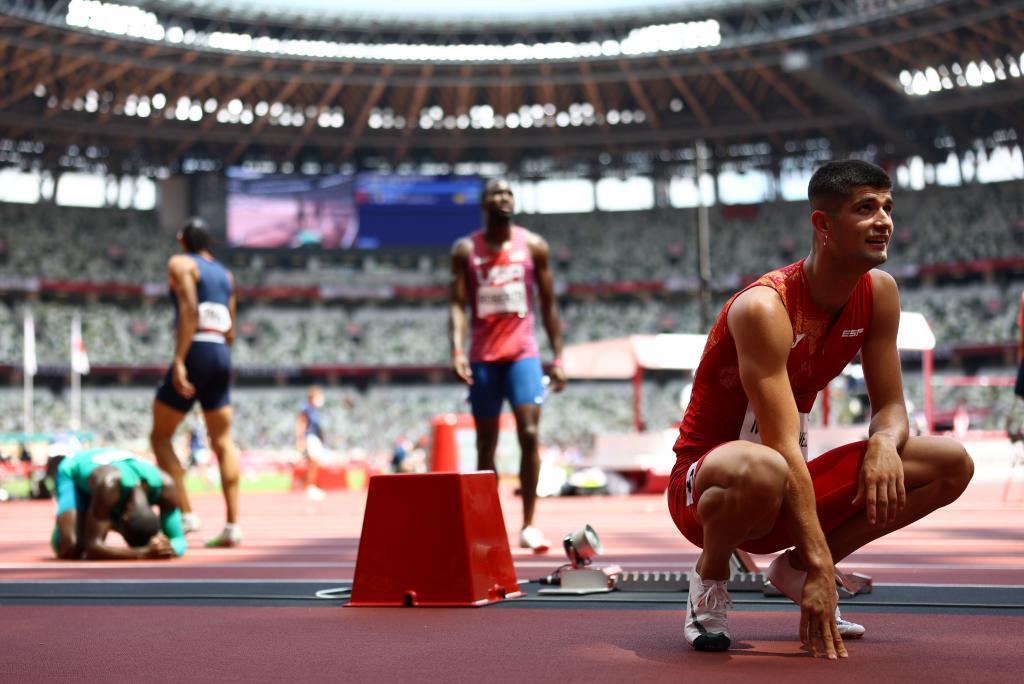 Asier Martínez después de competir en la semifinal de los 110m valla