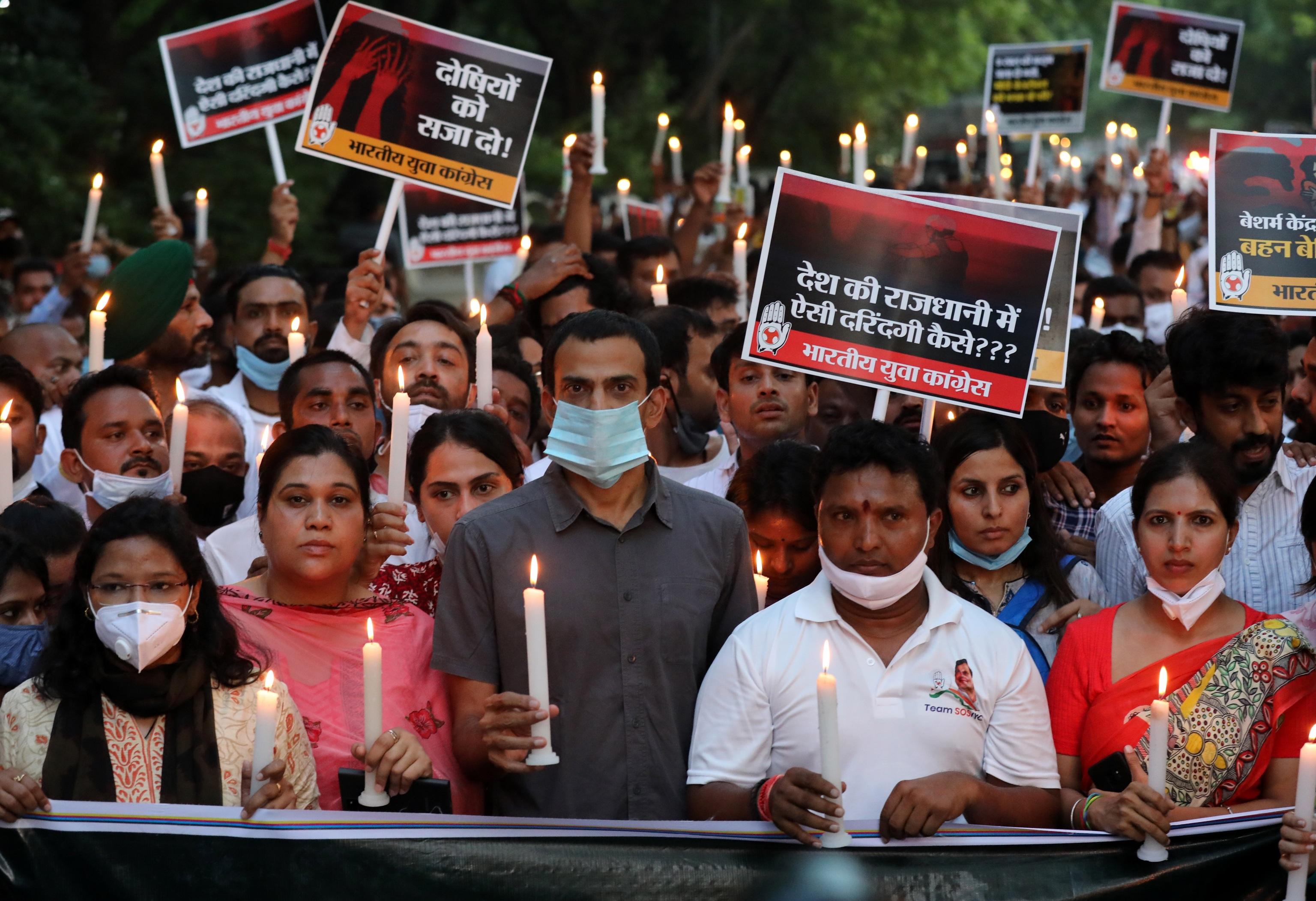 Manifestación en Nueva Delhi en repulsa por el crimen, este miércoles.