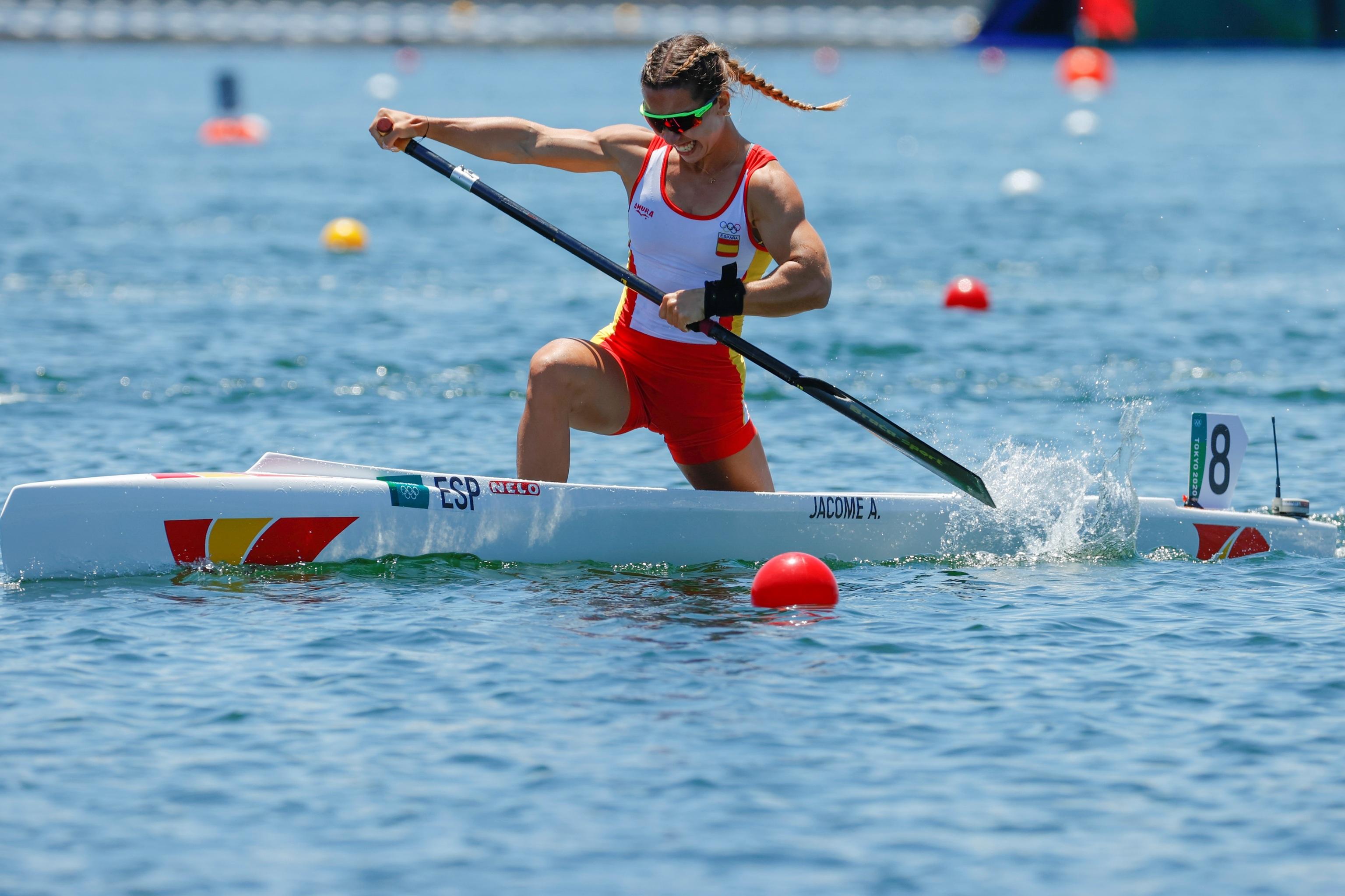 Antía Jacome, en el C1 200 de los Juegos.