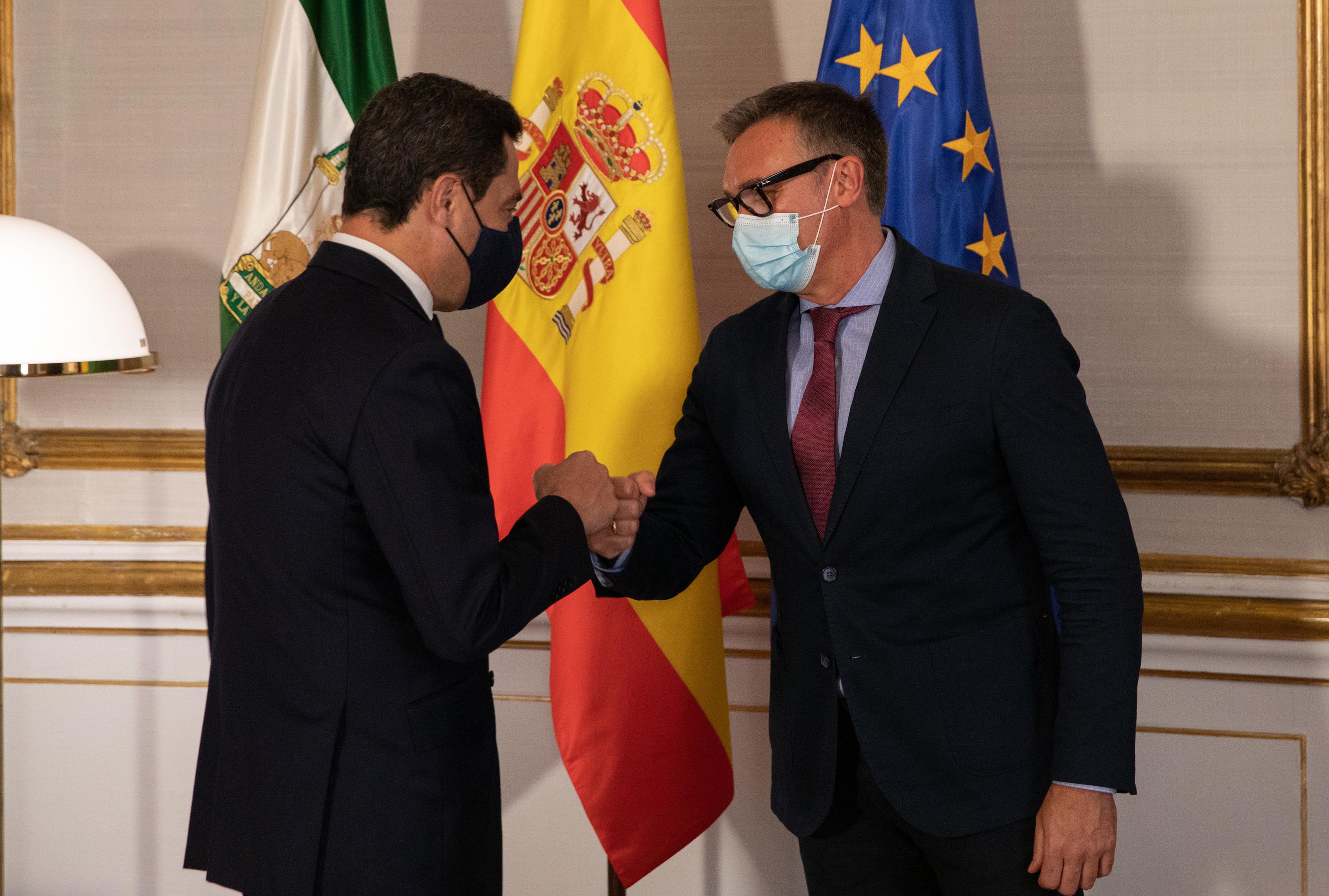 Juanma Moreno y Manuel Gavira (Vox).