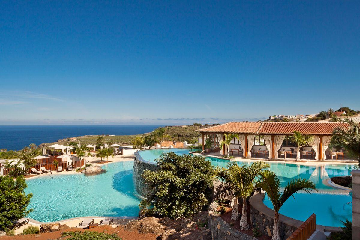Las piscinas del Mélia Hacienda del Conde.