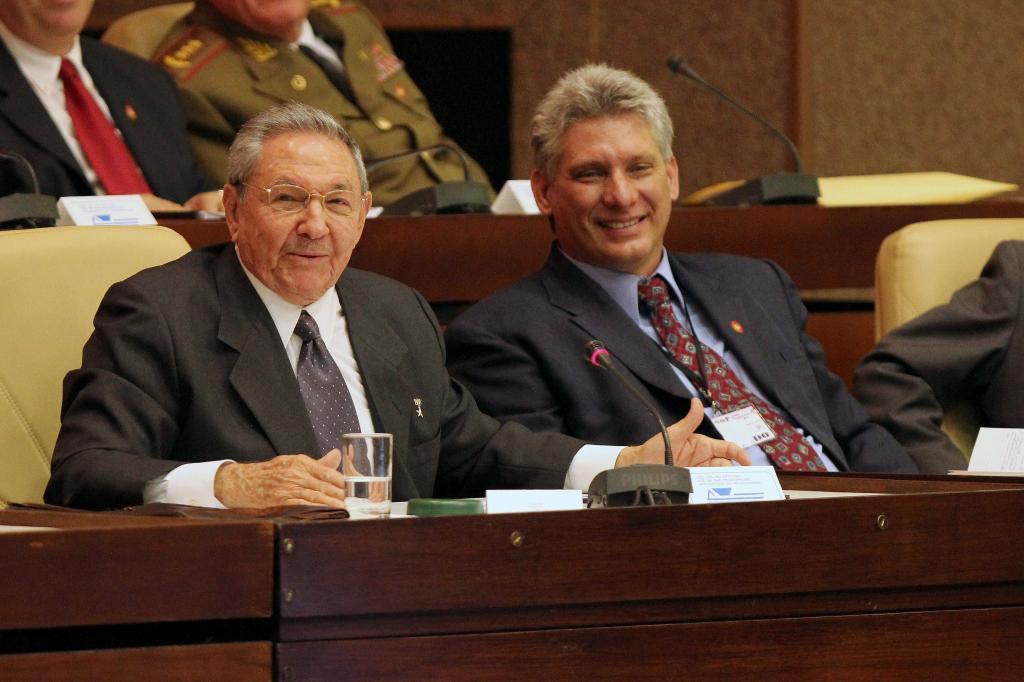Raúl Castro y Miguel Díaz-Canel, en una foto de archivo.