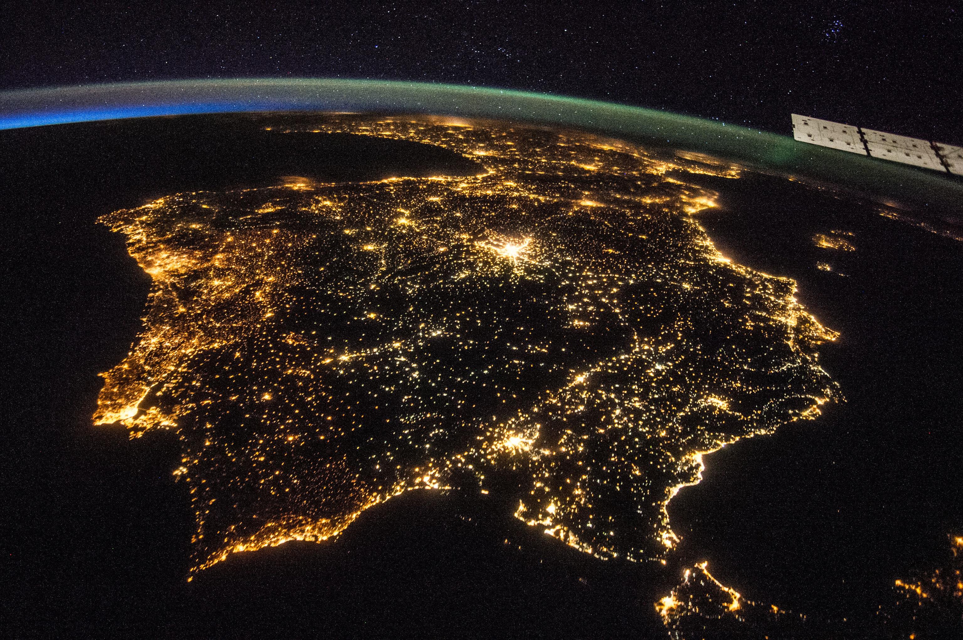 La Península Ibérica de noche desde la Estación Espacial