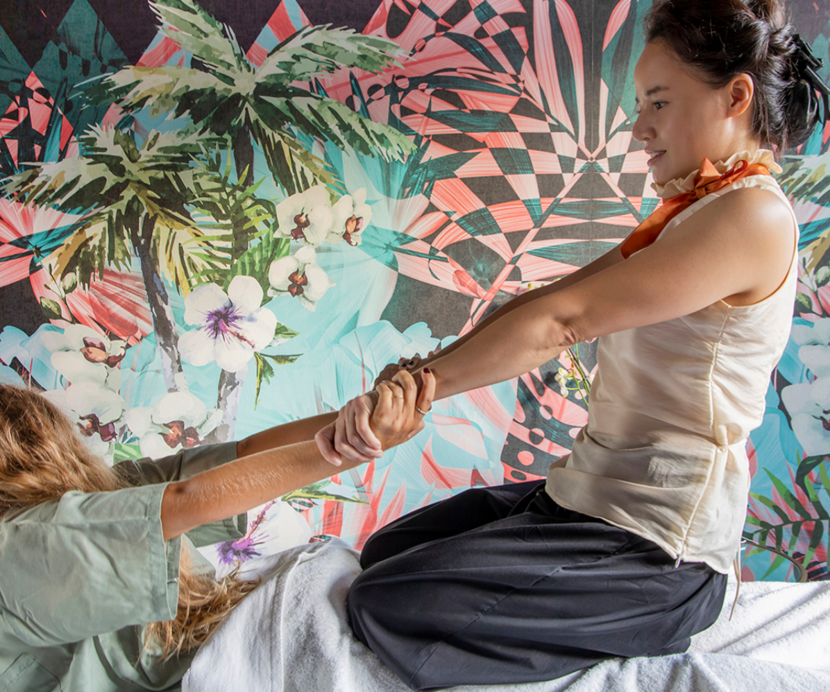 Thai Room Spa and Wellness ofrece masajes y tratamientos que se centran en la acupresión, comprometiéndose con las líneas Sen de los canales de energía de tu cuerpo.