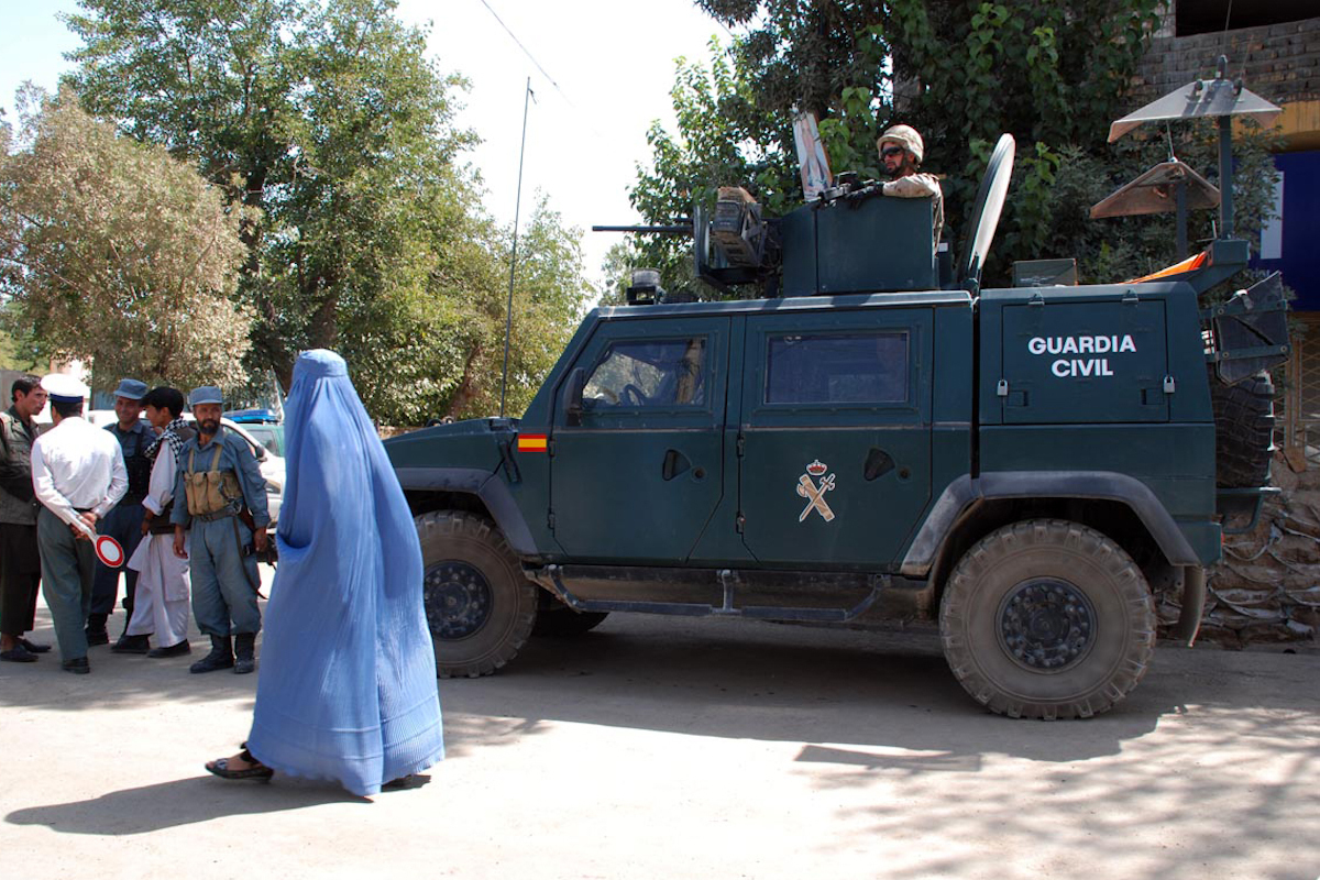Un vehículo de la Guardia Civil, en Afganistán, en 2010.