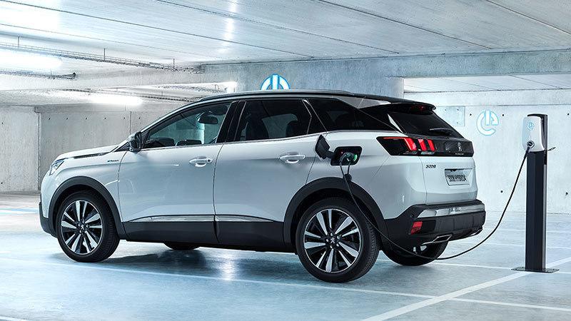 Entre los PHEV, el Peugeot 3008 fue el rey de ventas en julio
