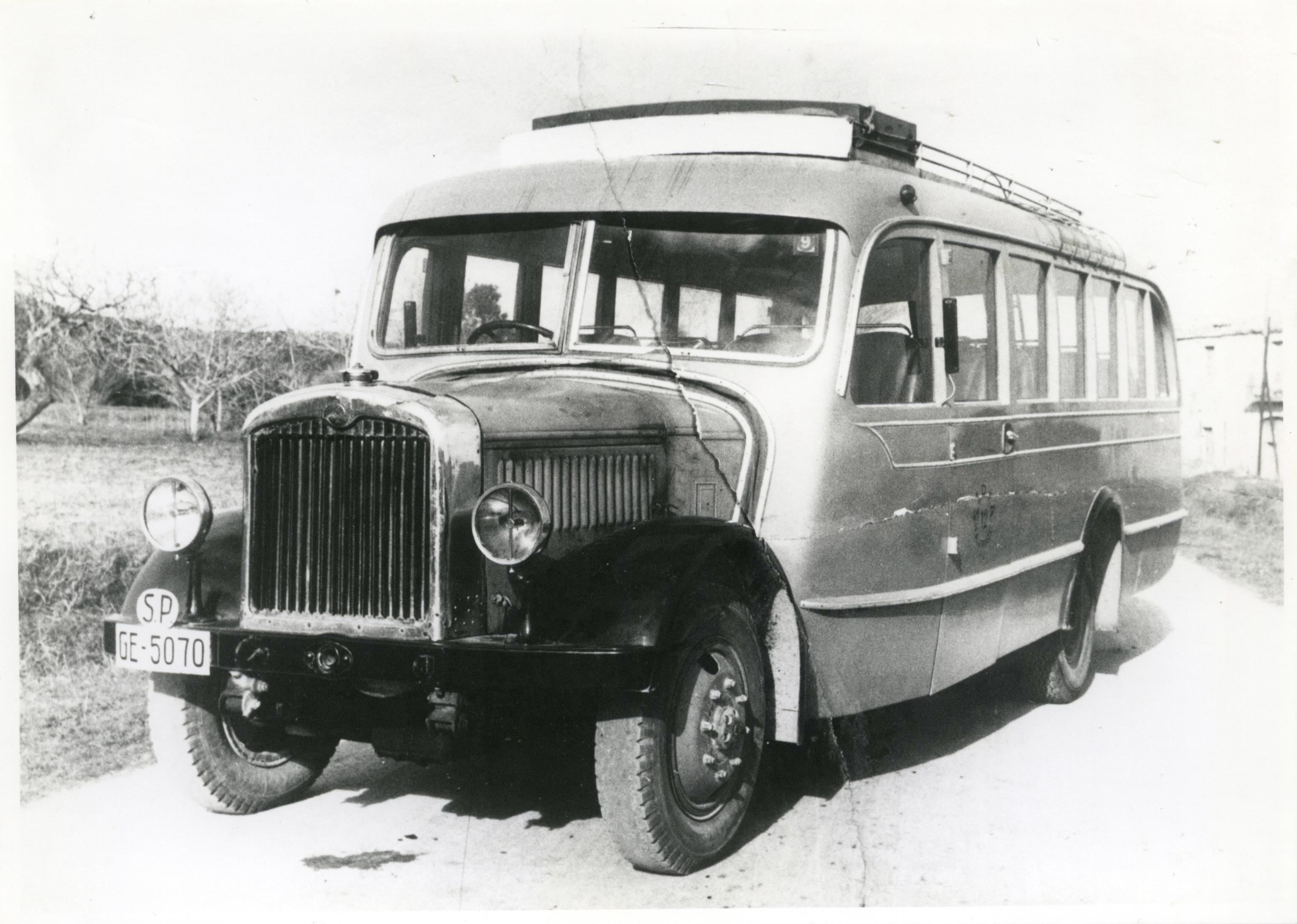 Autobús marca Saurer, de los años años 30.