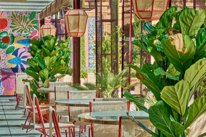 La decoración de la terraza es obra del estudio de Pepe Leal.