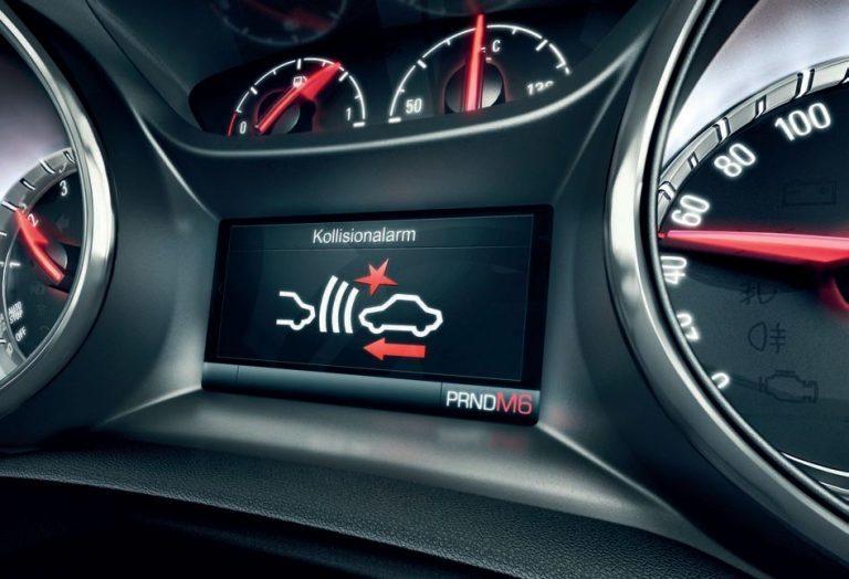 Imagen de un sistema que avisa del riesgo de colisión