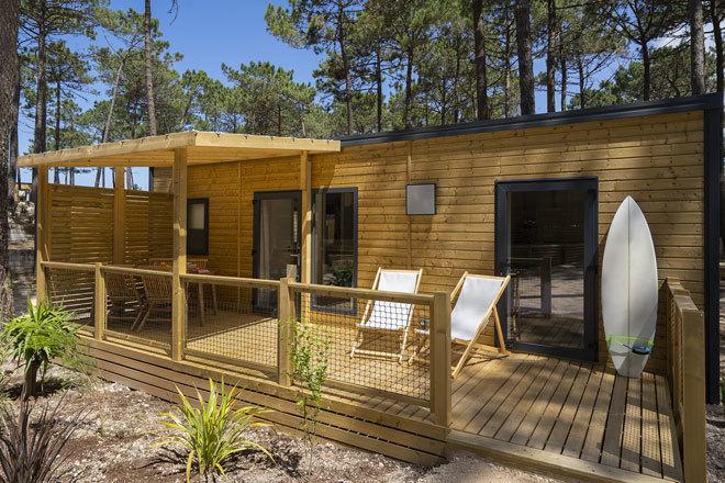 Uno de los coquetos bungalows que ofrece el complejo.