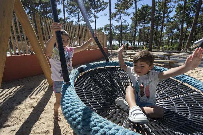 Actividades con niños al aire libre.