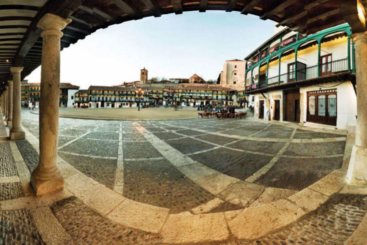 La famosa Plaza Mayor de Chinchón.