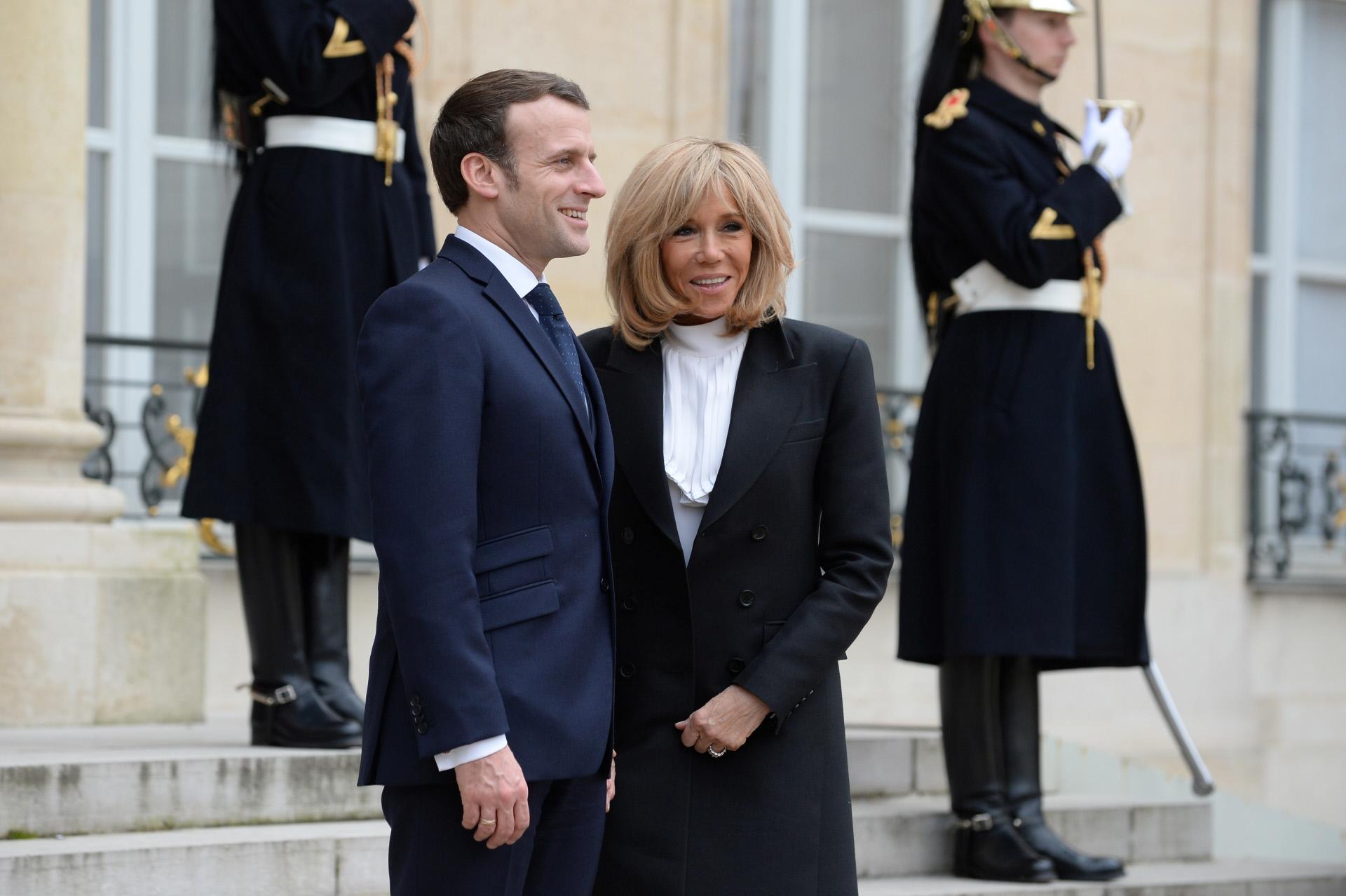 Emmanuel y Brigitte Macron en el Elíseo, en marzo de 2020