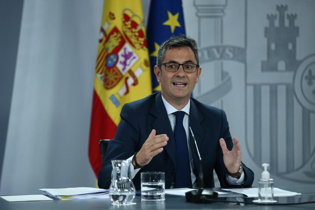 El ministro de Presidencia, Félix, Bolaños, en una rueda de prensa en La Moncloa