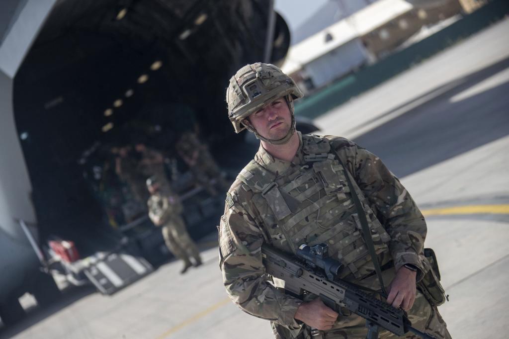 Un soldado en Kabul.