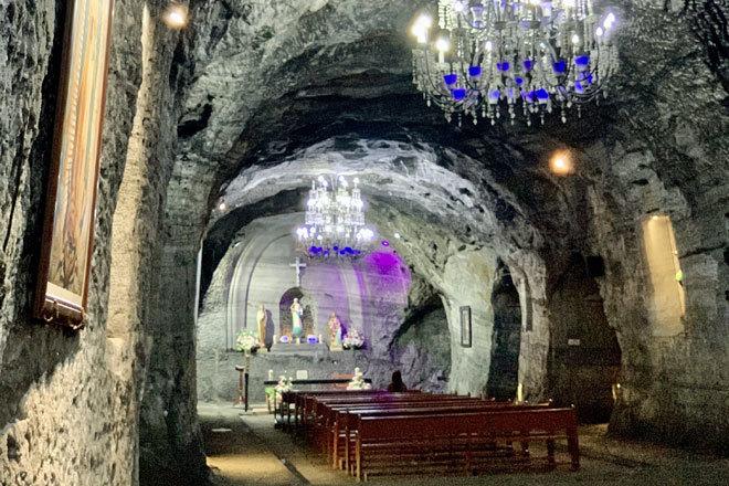 El diseño del lugar es obra del arquitecto bogotano Roswell Garavito Pearl.