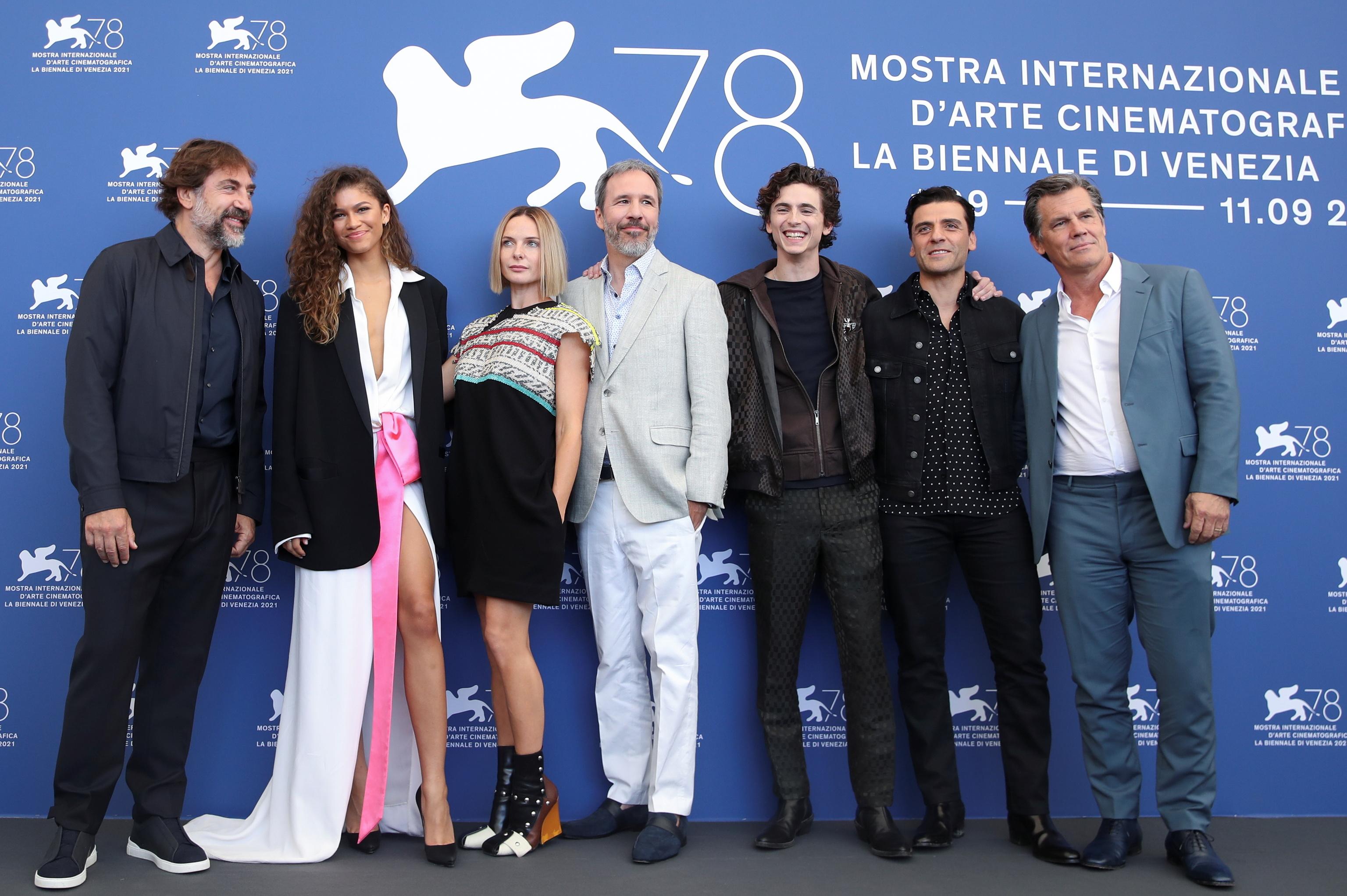 El elenco y el director de 'Dune'.