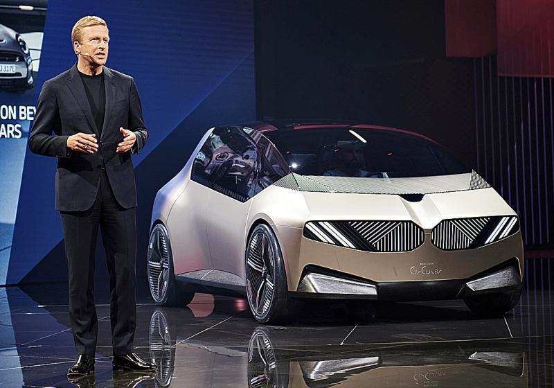 Oliver Zipse presentó en Múnich el BMW i Vision Circular.