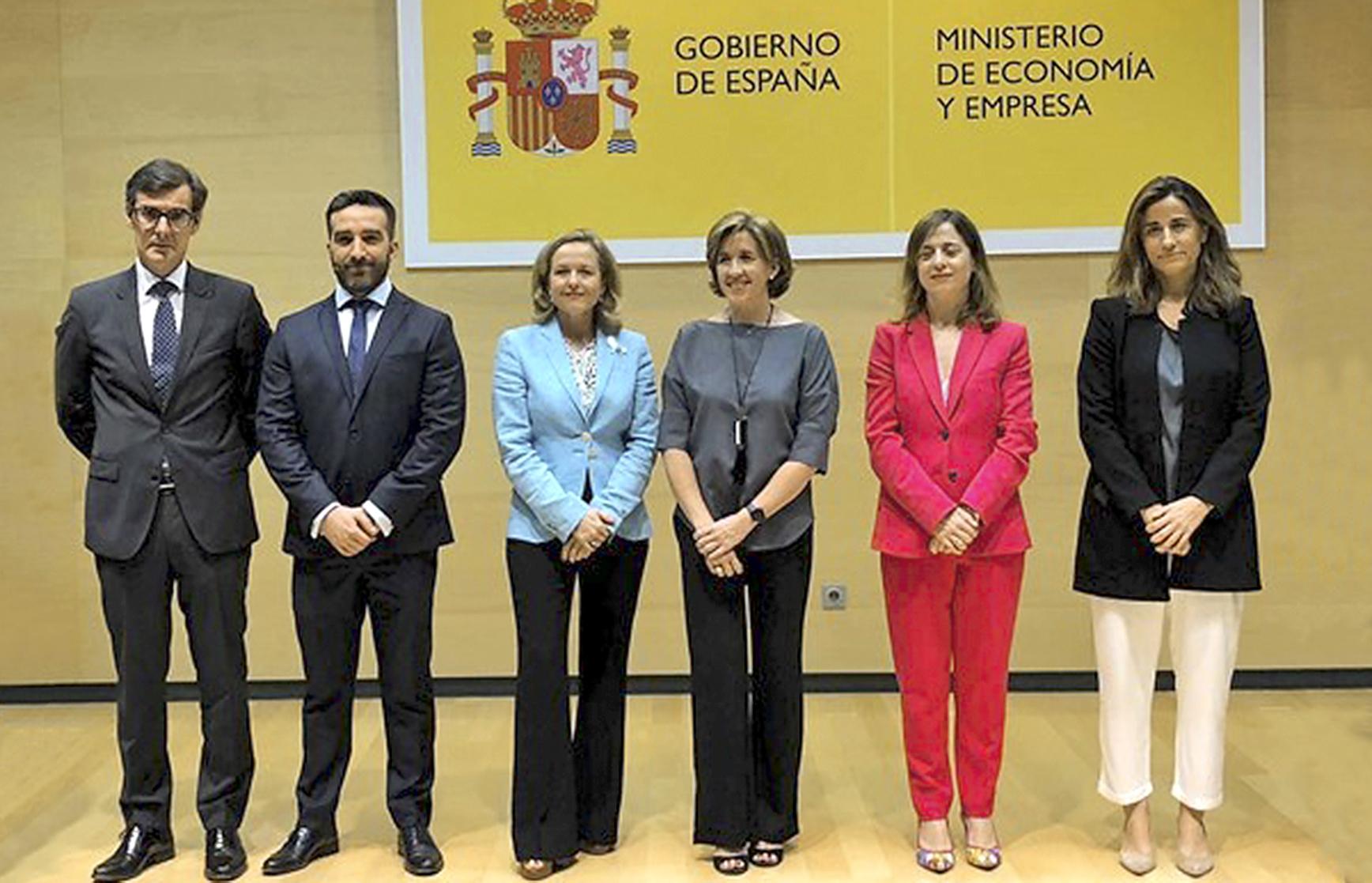 De izquierda a derecha, Carlos San Basilio, Francisco Polo, Ana de la Cueva, Amparo López y Carmen Balsa.