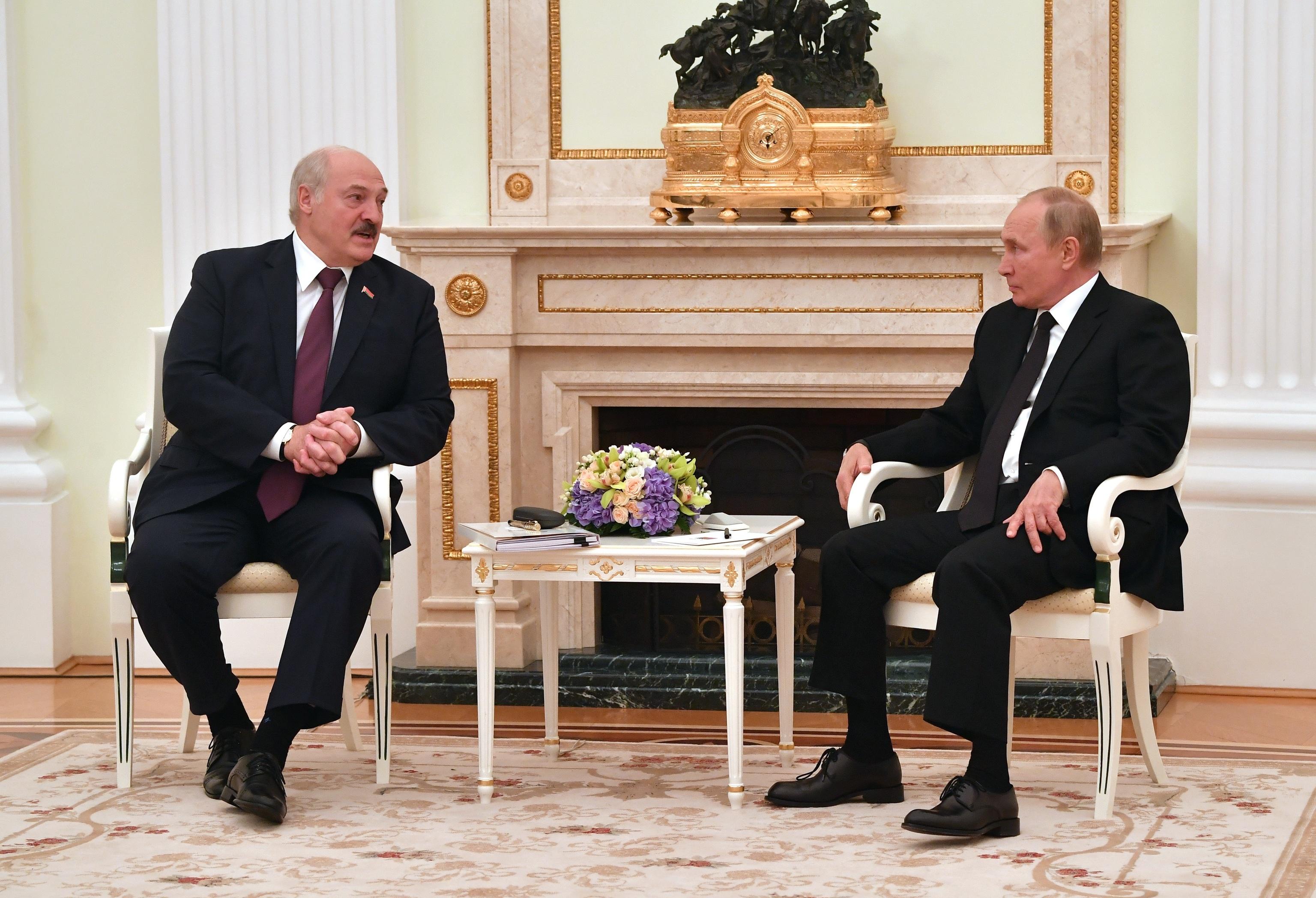 Vladimir Putin y Alexander Lukashenko, este jueves.
