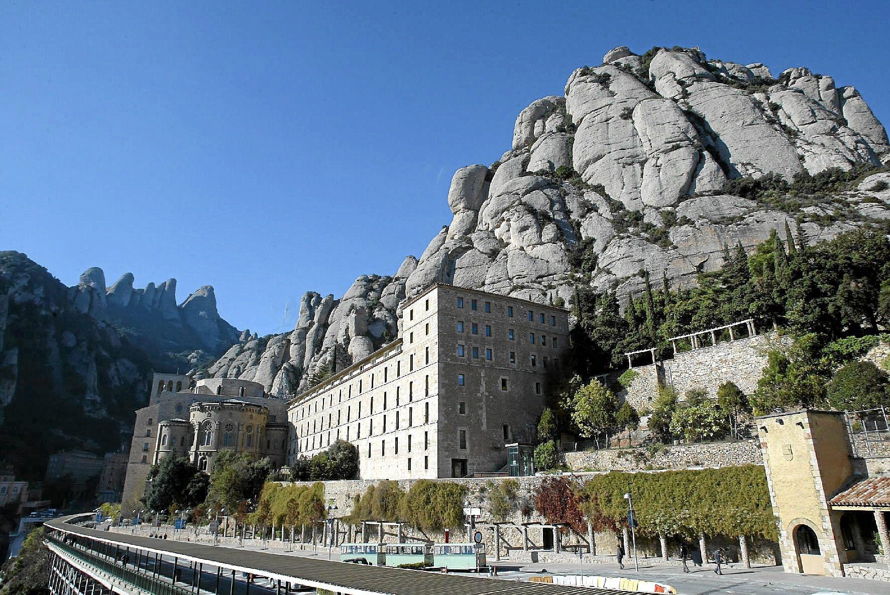 Vista del monasterio de Montserrat en una foto de archivo de 2004.