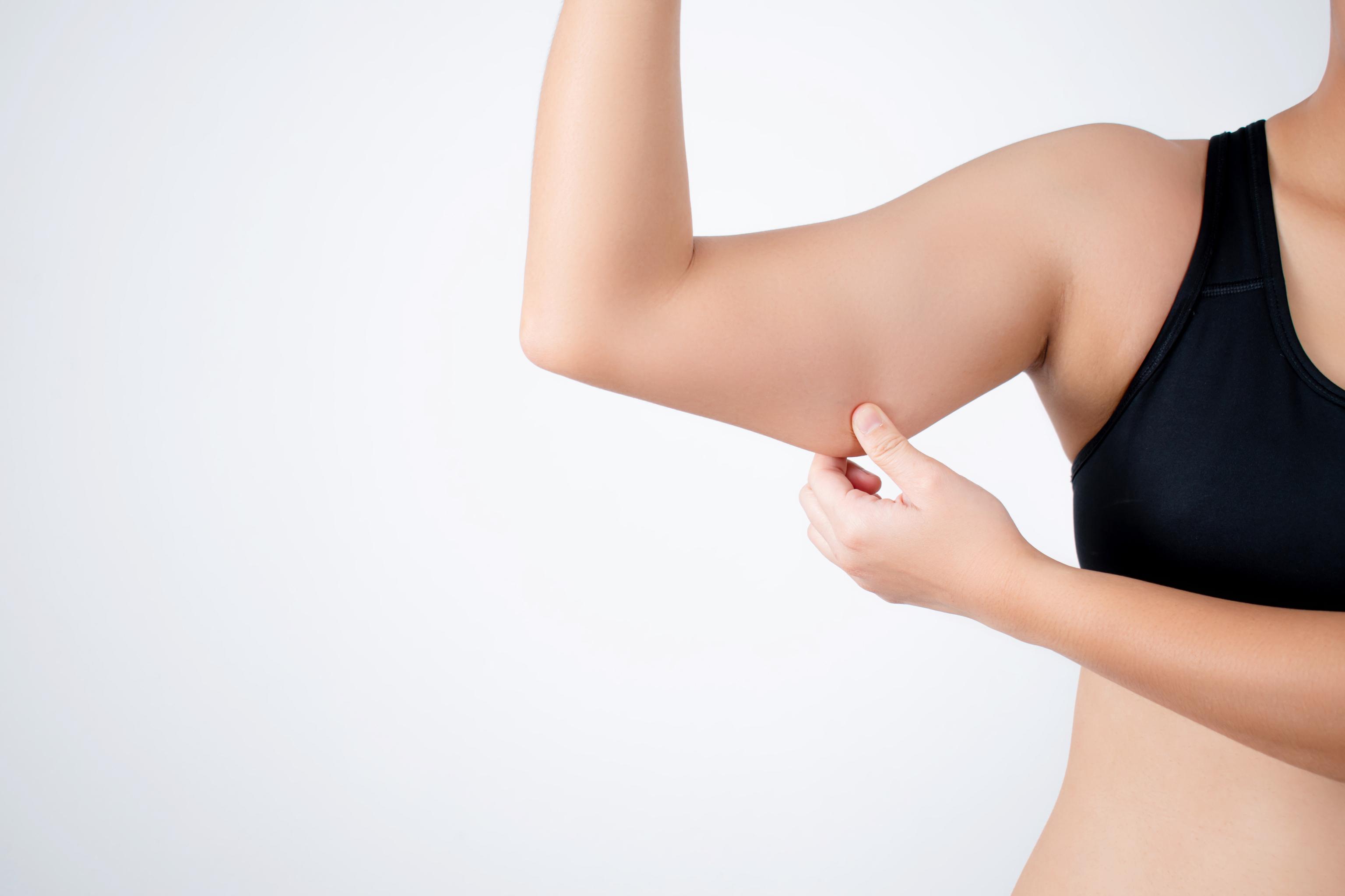 ¿Te cuelga la piel? Así es como puedes combatir la flacidez facial y corporal
