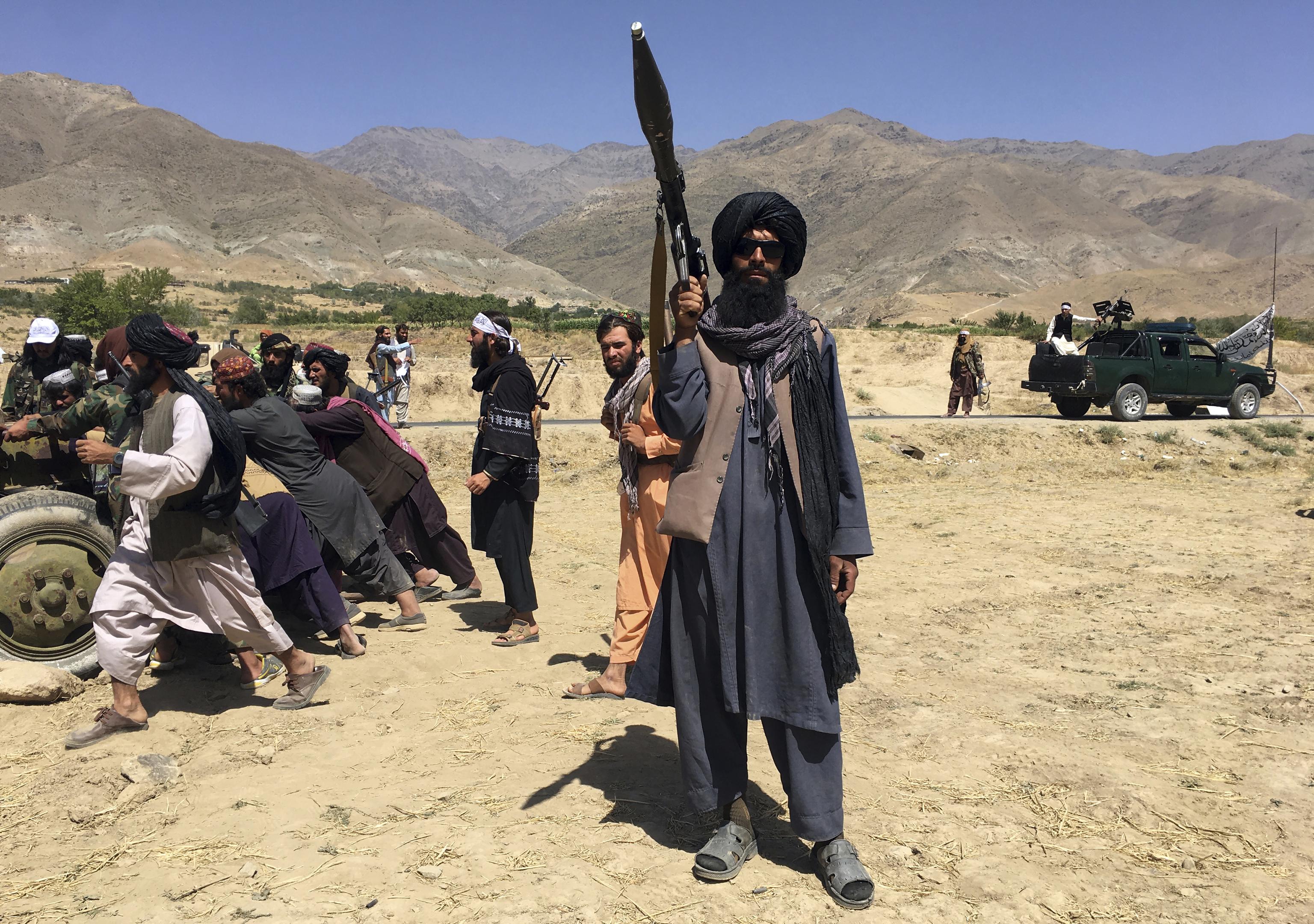 Soldados taliban en Panshir.