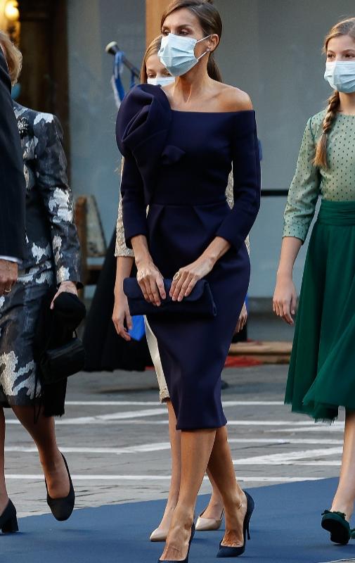 En los Premios Princesa de Asturias de 2020, con un vestido de...