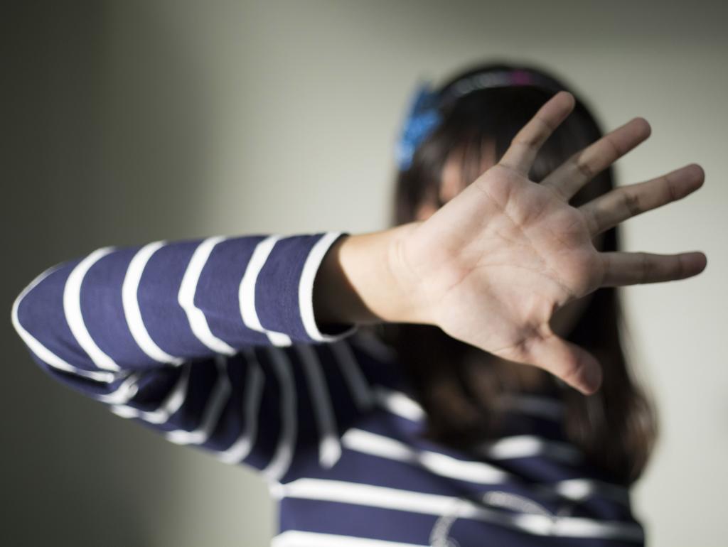 Un niña relacionada con un caso de acoso escolar en Madrid.