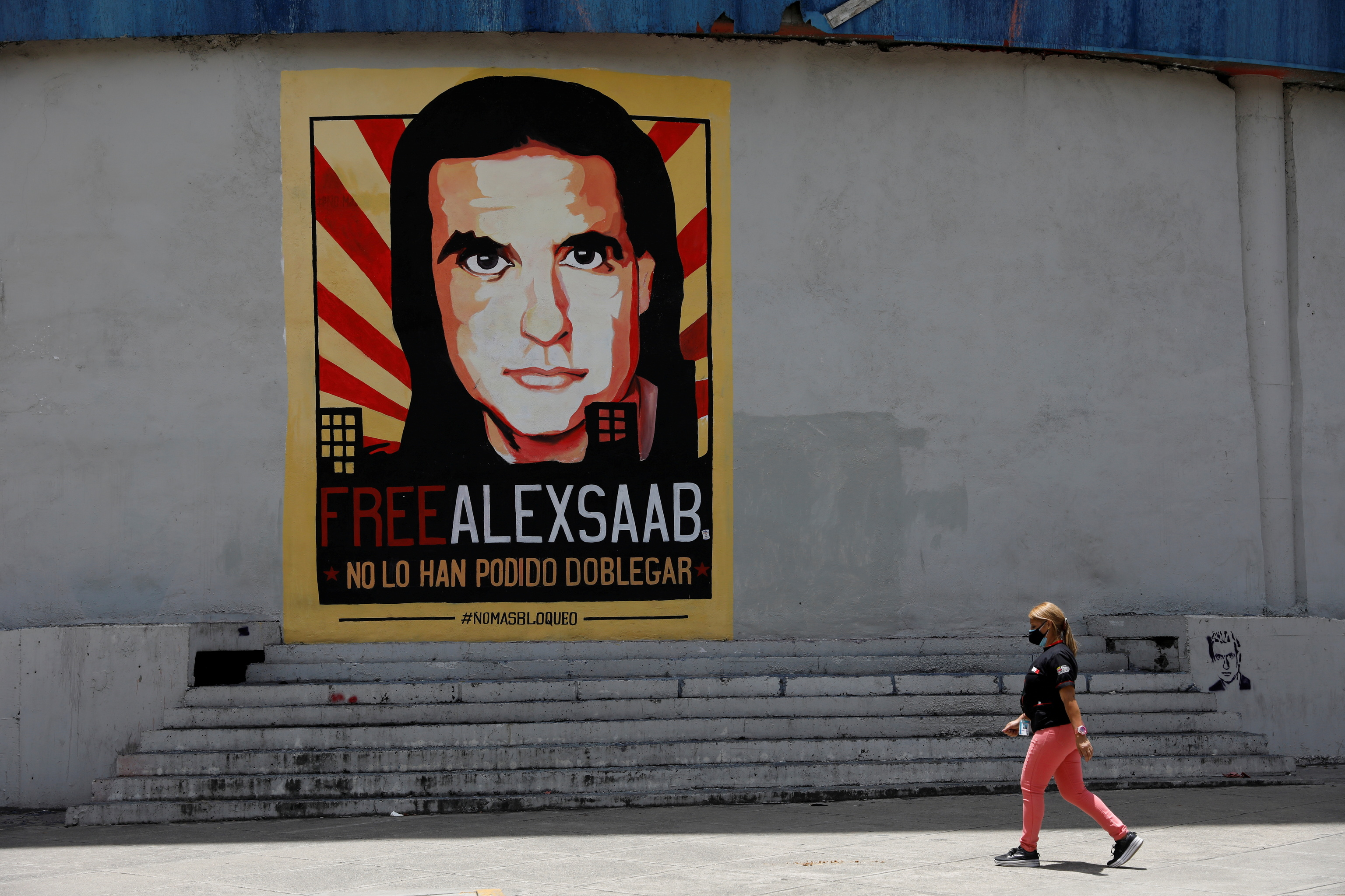 Mural en Caracas a favor de Saab.