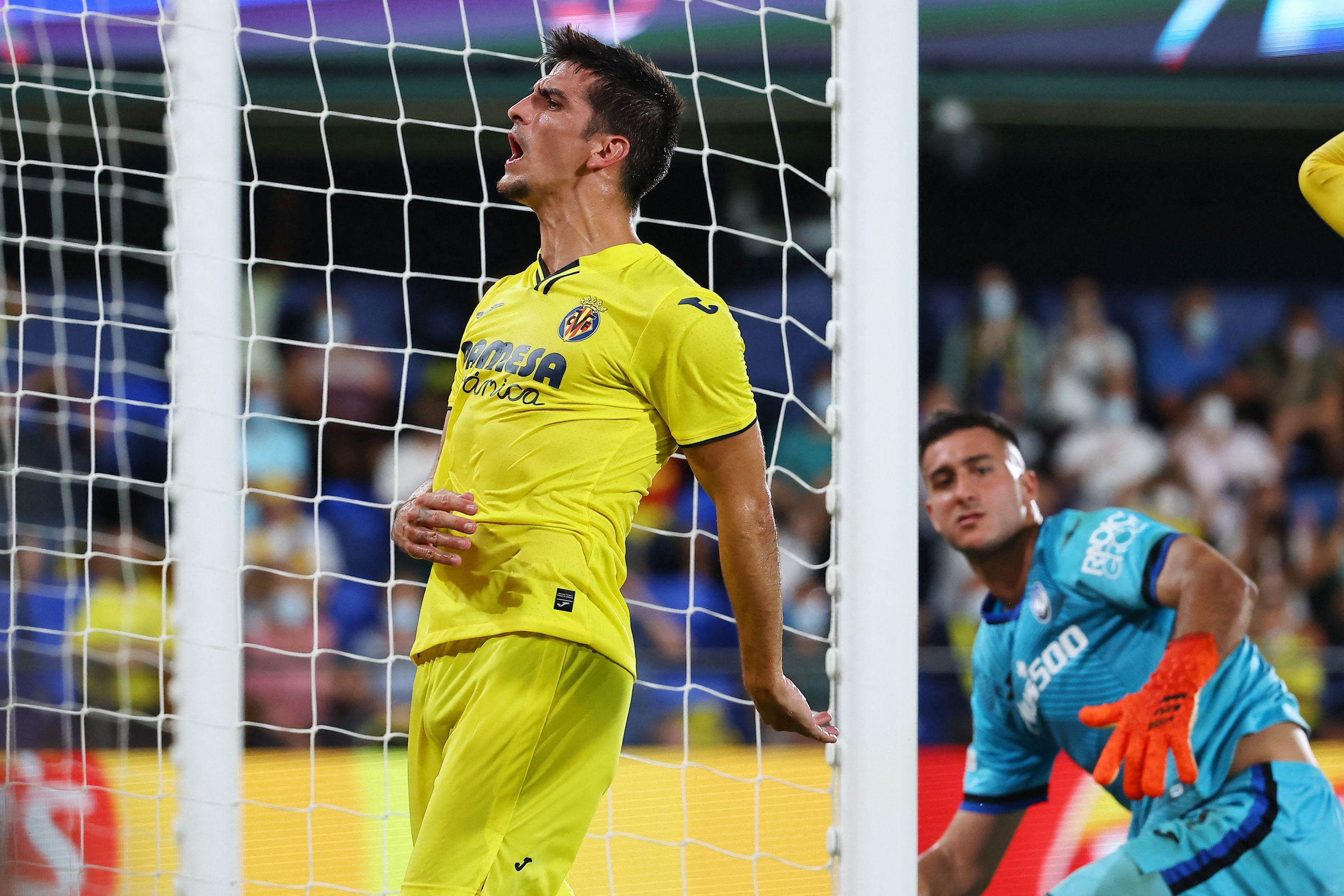 Moreno se lamenta de una ocasión fallada.