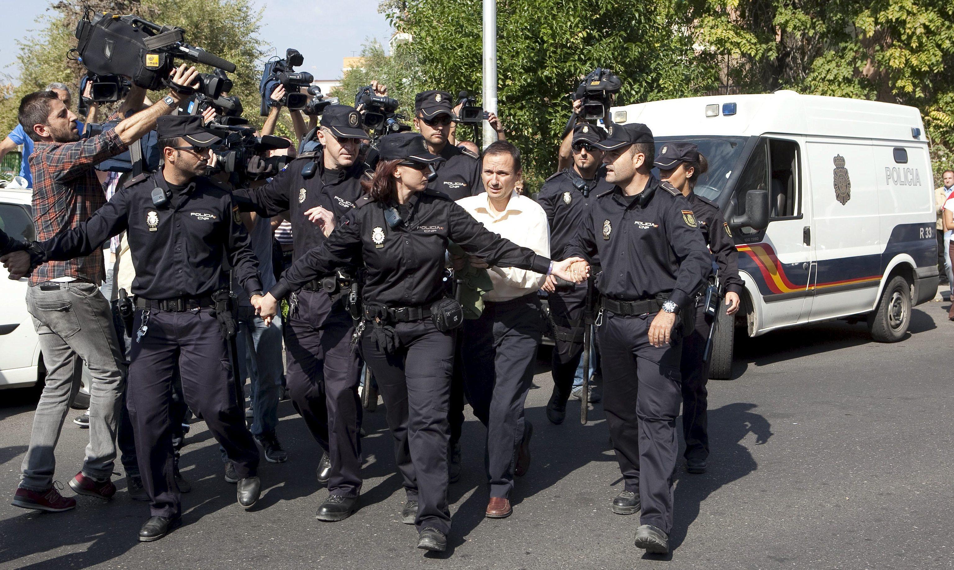 ¿Se pueden entender policías y periodistas?  El comisario del 'caso Samuel', este jueves en el Máster de Periodismo de Investigación, Datos y Visualización de EL MUNDO