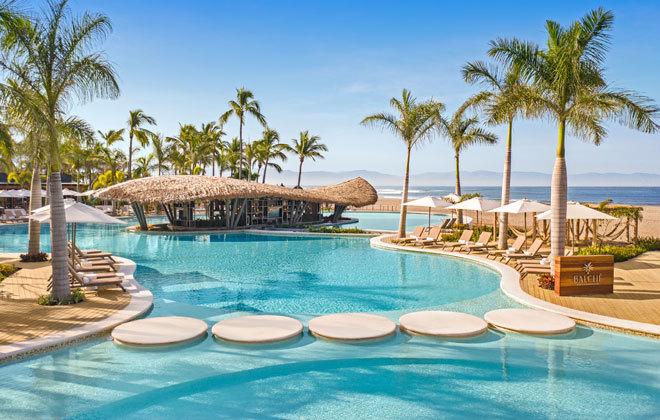 La piscina del paradisiaco complejo de la Riviera Nayarit.