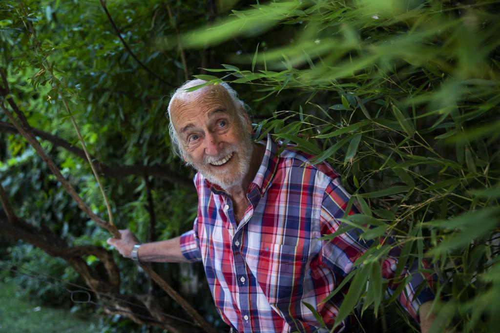 """Héctor Alterio: """"Con 92 años, tengo que seguir trabajando para poder pagar las facturas"""""""