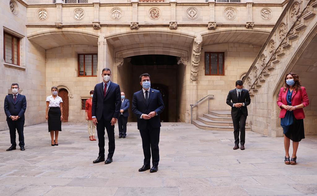 Sánchez y Aragonès, durante la reunión de este miércoles en Barcelona.