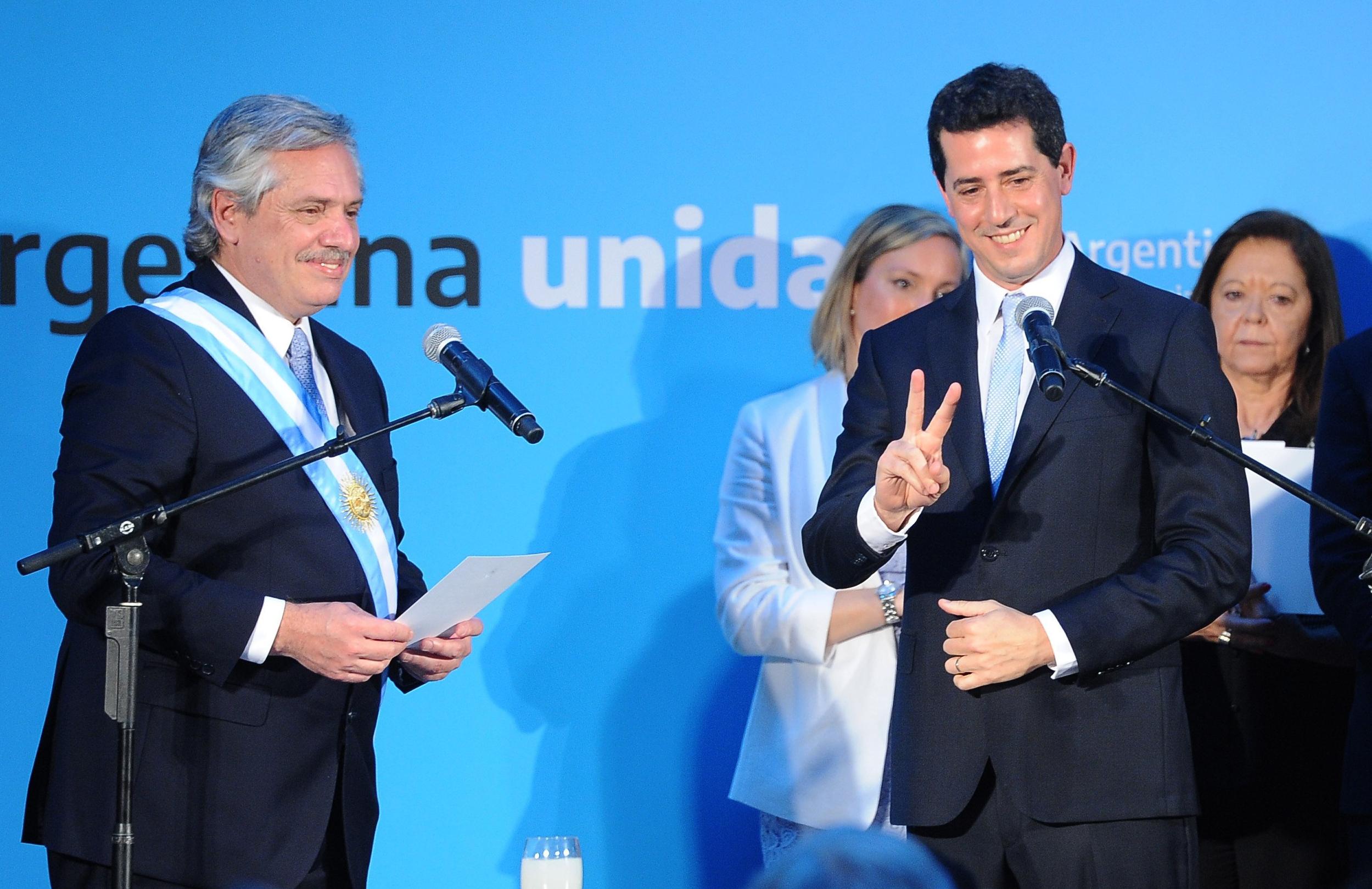 Alberto Fernández, junto al ministro de Interior, Eduardo Wado de Pedro.