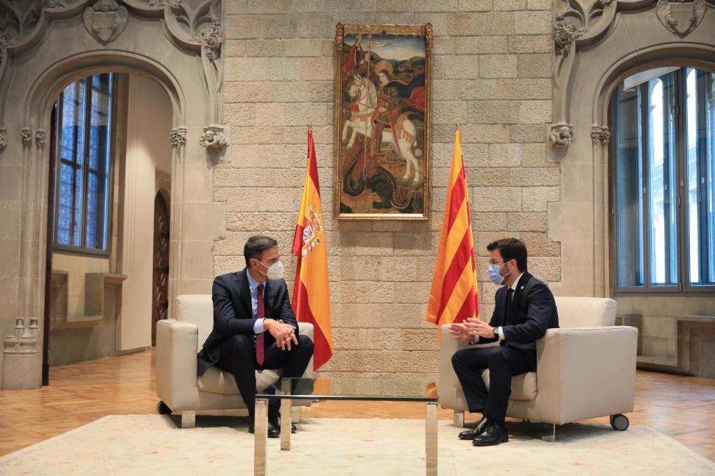 Pedro Sánchez y Pere Aragonès, durante su reunión en Barcelona.