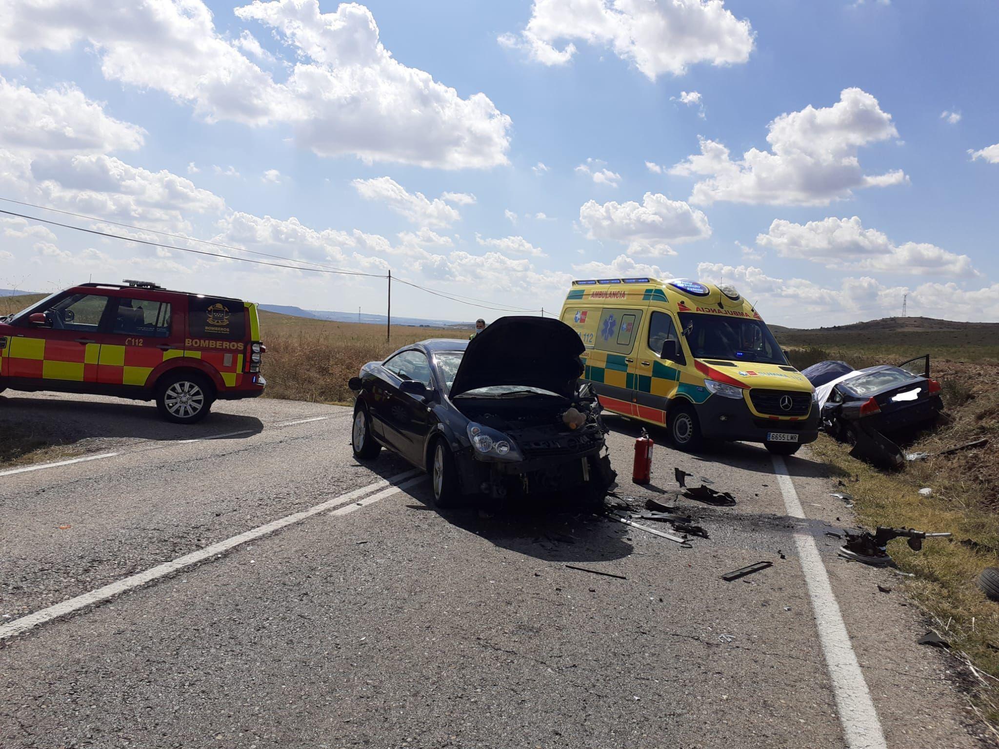 Los dos vehículos tras el accidente en Daganzo.